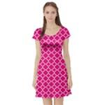 Hot pink quatrefoil pattern Short Sleeve Skater Dress