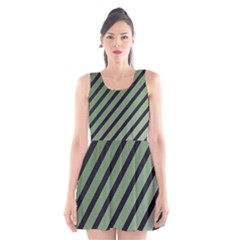 Green Elegant Lines Scoop Neck Skater Dress by Valentinaart