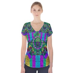 Queen Of The Light Short Sleeve Front Detail Top by pepitasart
