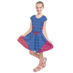 Butterfly Heart Pattern Kids  Short Sleeve Dress by Nexatart