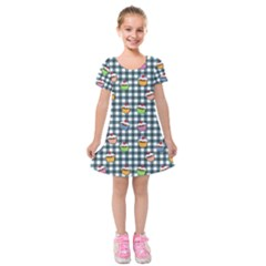 Cupcakes Plaid Pattern Kids  Short Sleeve Velvet Dress by Valentinaart