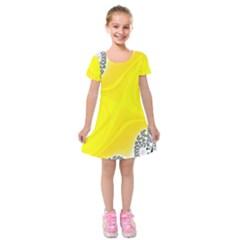 Fractal Abstract Background Kids  Short Sleeve Velvet Dress by Amaryn4rt