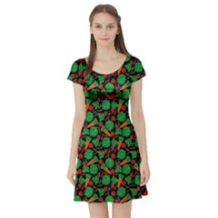 Black Vegetable Pattern Short Sleeve Skater Dress