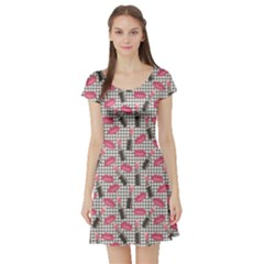 Pink Tweed Pattern Kissing Lips Lipsticks Liners Short Sleeve Skater Dress