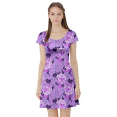Lavendar Roses Vintage Floral Short Sleeve Dress by CoolDesigns