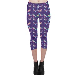 Purple With Color Pattern Birds Capri Leggings by CoolDesigns
