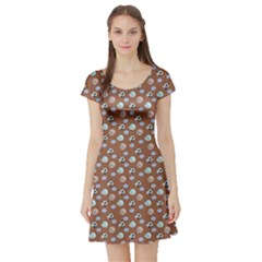 Brown Cute Cats Dreaming Pattern Short Sleeve Skater Dress by CoolDesigns
