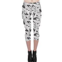 Gray Exotic Brazil Toucan Bird Pattern In Capri Leggings by CoolDesigns