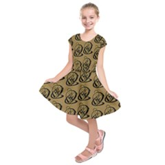 Art Abstract Artistic Seamless Background Kids  Short Sleeve Dress by Simbadda