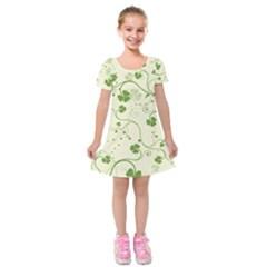 Flower Green Shamrock Kids  Short Sleeve Velvet Dress by Mariart