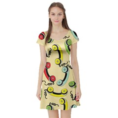 Telephone Cable Green Nyellow Red Blue Short Sleeve Skater Dress