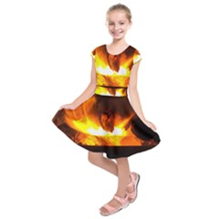Fire Rays Mystical Burn Atmosphere Kids  Short Sleeve Dress