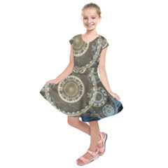 2299 Circles Light Gray 3840x2400 Kids  Short Sleeve Dress by amphoto