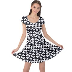 Model Traditional Draperie Line Black White Cap Sleeve Dress by Mariart