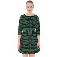 Skin2 Black Marble & Green Leather (r) Smock Dress by trendistuff
