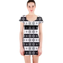 Snowflakes   Christmas Pattern Short Sleeve Bodycon Dress by Valentinaart