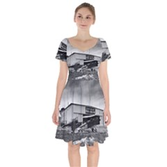 Omaha Airfield Airplain Hangar Short Sleeve Bardot Dress
