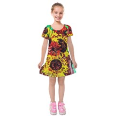 Sunflowers In Elizabeth House Kids  Short Sleeve Velvet Dress by bestdesignintheworld