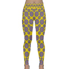 Sunshine And Floral In Mind For Decorative Delight Classic Yoga Leggings
