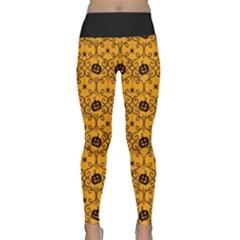 Pattern Pumpkin Spider Vintage Halloween Gothic Orange And Black Lightweight Velour Classic Yoga Leggings by genx