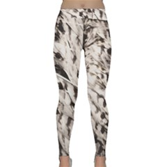 Feathers Classic Yoga Leggings by greenthanet