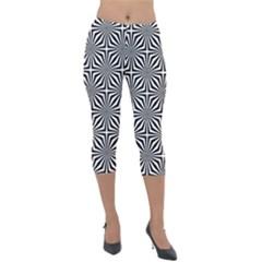 Background Pattern Halftone Lightweight Velour Capri Leggings