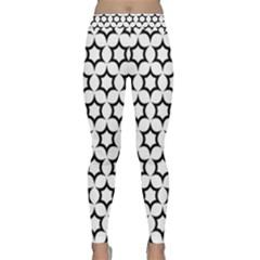 Pattern Star Repeating Black White Classic Yoga Leggings by Pakrebo