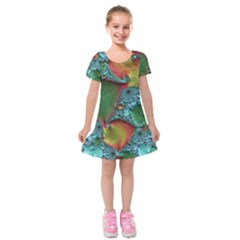 Fractal Art Colorful Pattern Kids  Short Sleeve Velvet Dress
