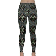 Kaleidoscope Pattern Seamless Classic Yoga Leggings by Pakrebo