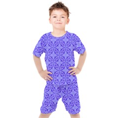 Blue Curved Line Kid s Set by Mariart