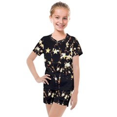 Shooting Stars Kids  Mesh Tee And Shorts Set by WensdaiAddamns