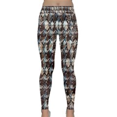 Luxury Animal Print Classic Yoga Leggings by tarastyle