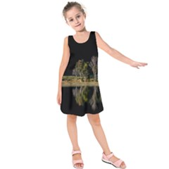 Soi Ball Symmetry Scenery Reflect Kids  Sleeveless Dress