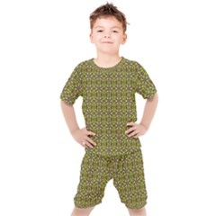 Background Image Pattern Kids  Tee And Shorts Set by Pakrebo