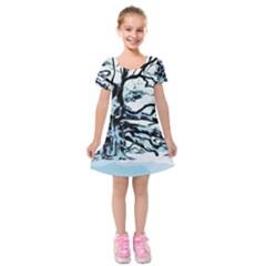 Tree Winter Blue Snow Cold Scene Kids  Short Sleeve Velvet Dress by Pakrebo