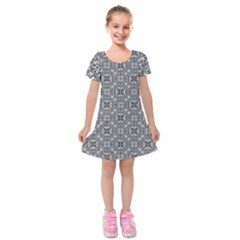 Black White Geometric Background Kids  Short Sleeve Velvet Dress by Pakrebo
