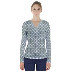 Green Leaf Pattern V Neck Long Sleeve Top by Desi8477