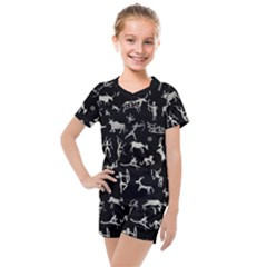Petroglyph Nordic Beige And Black Background Petroglyph Nordic Beige And Black Background Kids  Mesh Tee And Shorts Set by snek
