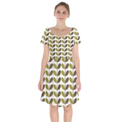Leaf Plant Pattern Seamless Short Sleeve Bardot Dress