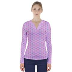 A Hexagonal Pattern Unidirectional V Neck Long Sleeve Top by Pakrebo