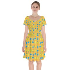 Lemons Ongoing Pattern Texture Short Sleeve Bardot Dress