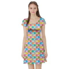 Seamless Pattern Background Abstract Rainbow Short Sleeve Skater Dress