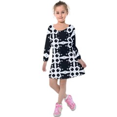 Seamless Pattern Design Ornament Kids  Long Sleeve Velvet Dress