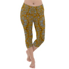 A Star In Golden Juwels Lightweight Velour Capri Yoga Leggings by pepitasart