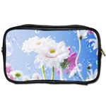 White Gerbera Flower Refresh From Rain Toiletries Bag (Two Sides)