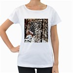 Castle Yard In Winter - Ave Hurley Maternity White T-Shirt