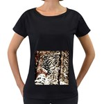Castle Yard in Winter -AveHurley ArtRevu.com- Women s Loose-Fit T-Shirt (Black)