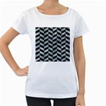 CHEVRON1 BLACK MARBLE & ICE CRYSTALS Women s Loose-Fit T-Shirt (White)