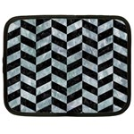 CHEVRON1 BLACK MARBLE & ICE CRYSTALS Netbook Case (XL)
