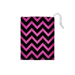 CHEVRON9 BLACK MARBLE & PINK BRUSHED METAL (R) Drawstring Pouches (Small)